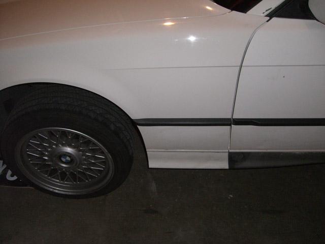 [BMW E36] Bas de caisse à la couleur de la carrosserie CIMG0658small
