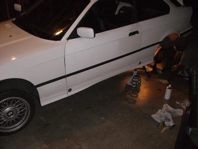 [BMW E36] Bas de caisse à la couleur de la carrosserie CIMG0662small